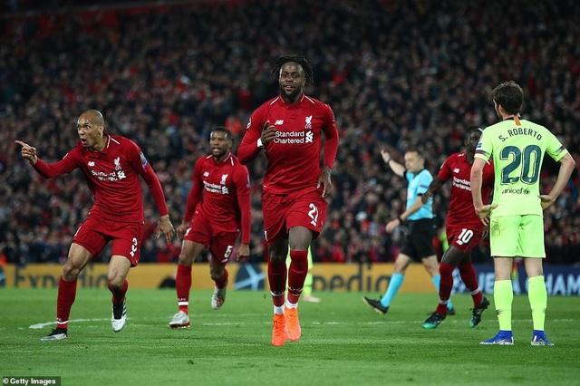 """Những khoảnh khắc kinh điển trong ngày Liverpool """"hủy diệt"""" Barcelona - 13"""