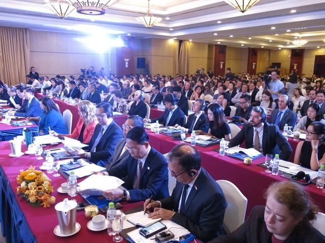 Bí thư Nguyễn Thiện Nhân: Mong các doanh nghiệp đến với TPHCM bằng khối óc và trái tim - 2