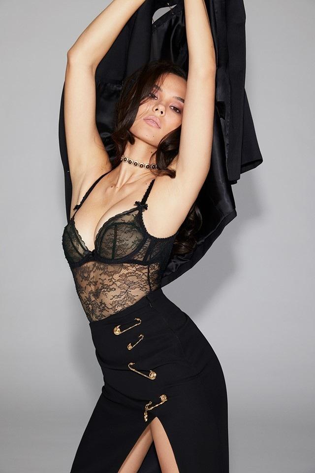 Vẻ đẹp rực rỡ và gợi cảm của Hoa hậu Hoàn vũ Catriona Gray - 6
