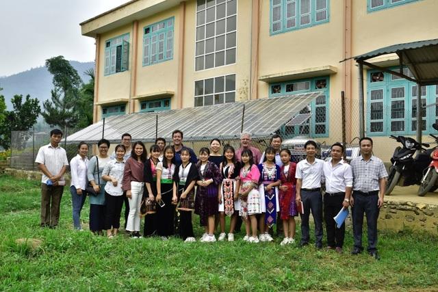 Điện Biên: Thầy trò trường THCS Mường Mùn vui mừng đón nguồn nước sạch! - 6