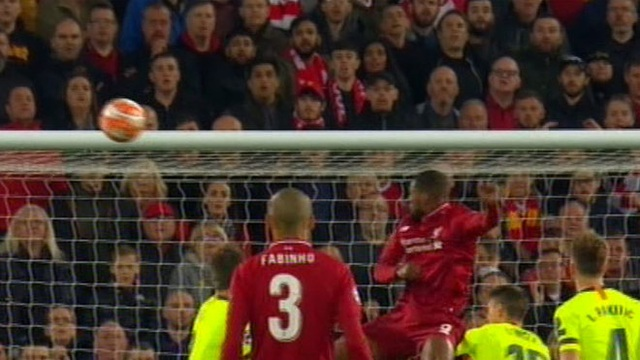 Liverpool 4-0 Barcelona: Cú sốc lớn tại Anfield - 7