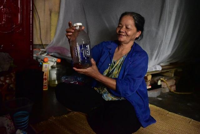Ký ức ám ảnh của người đàn bà hơn 40 năm vớt hàng trăm xác chết trên sông Hồng - 5