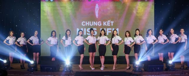 Nữ sinh khoa Du lịch trở thành hoa khôi ĐH Tài chính - Marketing 2019 - 4