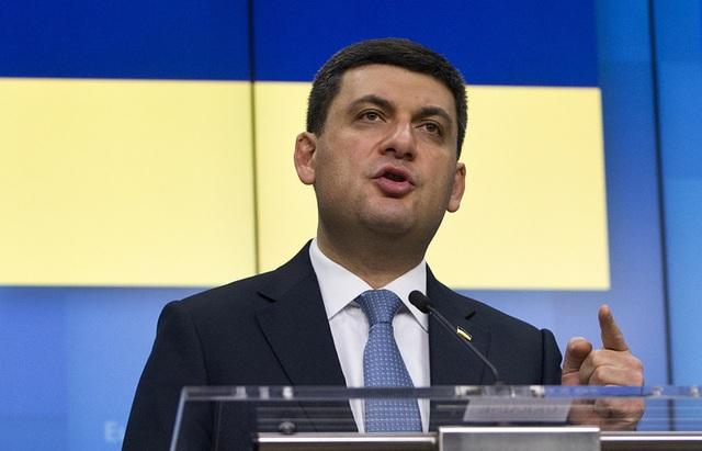 Ukraine không công nhận hộ chiếu Nga cấp cho người dân Donbass, Điện Kremlin phản pháo - 2
