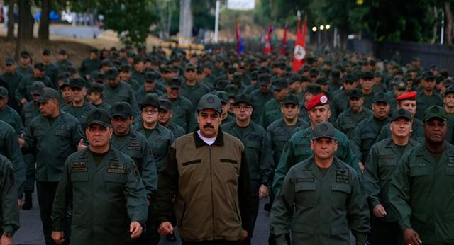 Venezuela hạ cấp, sa thải hàng loạt quan chức quân đội sau vụ đảo chính thất bại - 1