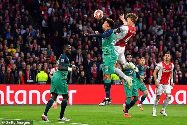 Ajax 2-3 Tottenham: Màn lội ngược dòng khó tin - 19