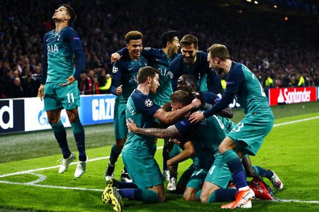 Ajax 2-3 Tottenham: Màn lội ngược dòng khó tin - 1