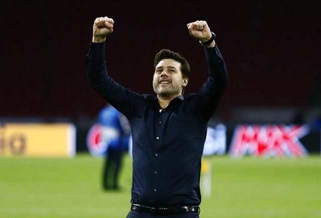 HLV Pochettino bật khóc sau màn ngược dòng khó tin của Tottenham - 9