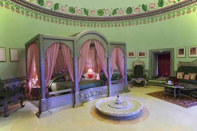 Choáng ngợp 8 khách sạn từng là cung điện xa hoa bậc nhất đất Phật - 10