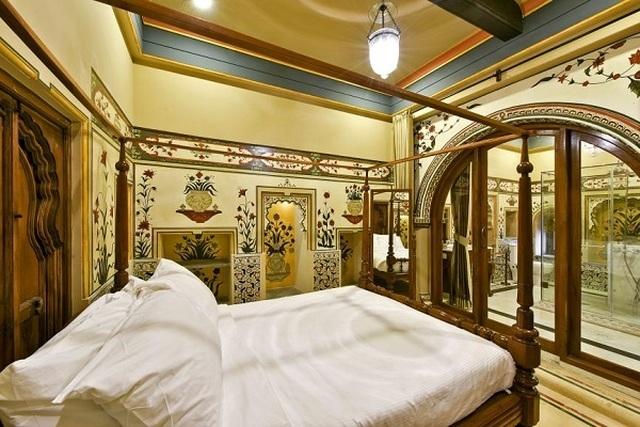Choáng ngợp 8 khách sạn từng là cung điện xa hoa bậc nhất đất Phật - 23
