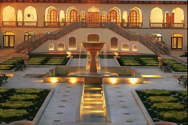 Choáng ngợp 8 khách sạn từng là cung điện xa hoa bậc nhất đất Phật - 5