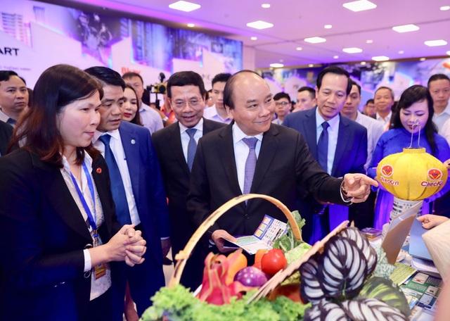 Thủ tướng: DN công nghệ là hạt nhân để thực hiện khát vọng dân tộc hoá rồng - 2