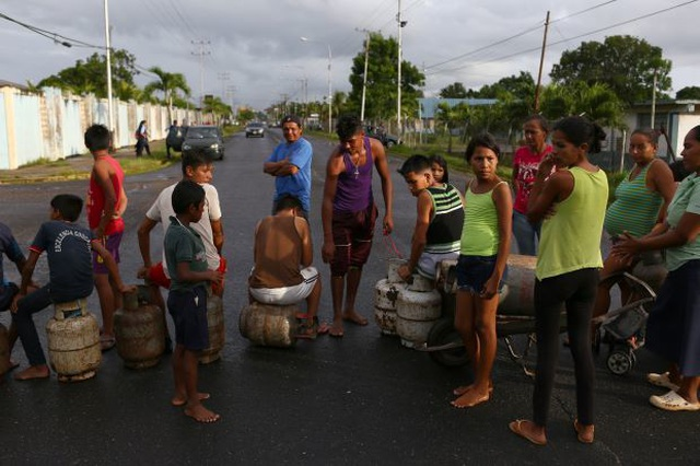 """Dự án Trung Quốc tại Venezuela """"đút túi"""" trăm triệu USD nhưng dân địa phương thất nghiệp, chết đói - 1"""