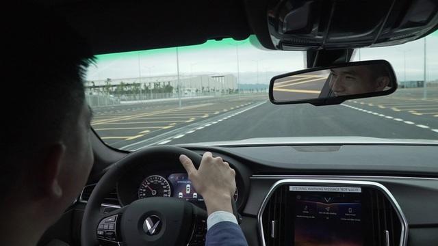 Những người đầu tiên lái thử xe ô tô VinFast nói gì? - 3