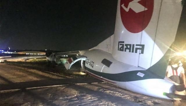 Máy bay chở khách trượt khỏi đường băng, vỡ làm 3 ở Myanmar - 1