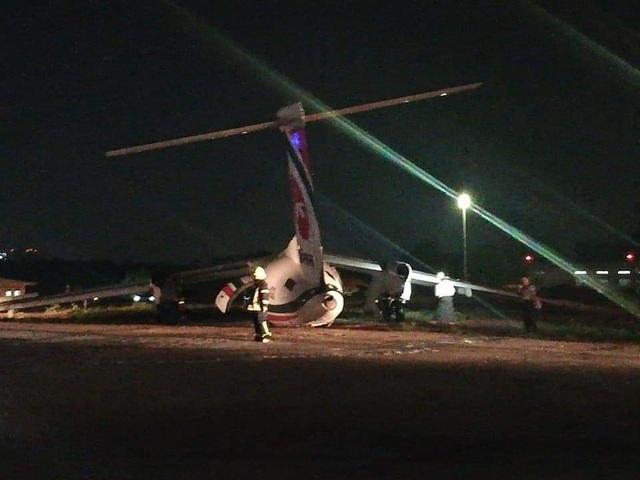 Máy bay chở khách trượt khỏi đường băng, vỡ làm 3 ở Myanmar - 3