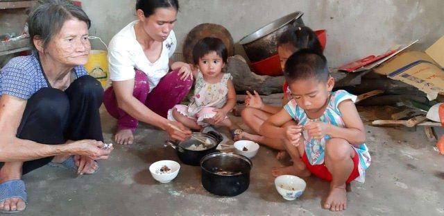 """Bạn đọc Dân trí giúp đỡ 74 triệu đồng đến hoàn cảnh """"Bố mẹ ốm đau bệnh tật, 3 con thơ nheo nhóc đói khát"""" - 3"""