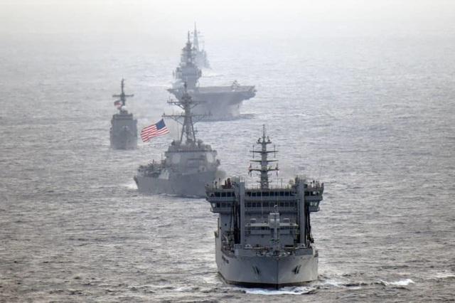 Tàu hải quân Mỹ và 3 nước lần đầu tập trận chung trên Biển Đông - 1