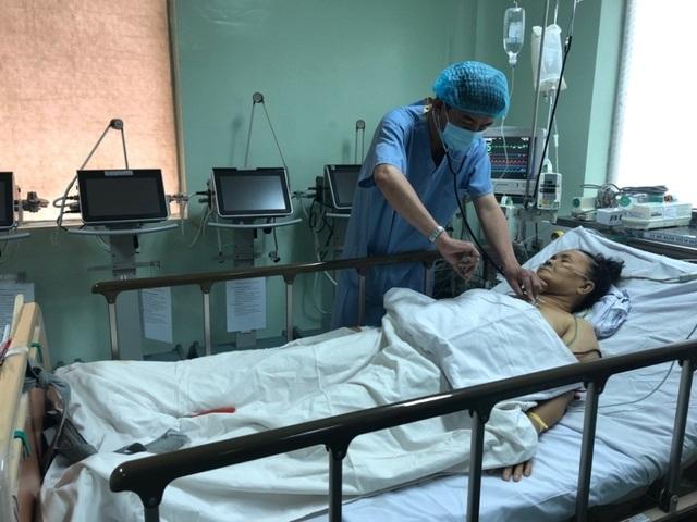 Cần Thơ: Cứu sống bệnh nhân ngưng tim từ tuyến trước - 1