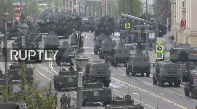 13.000 binh sĩ Nga duyệt binh trên Quảng trường Đỏ kỷ niệm chiến thắng phát xít - 50