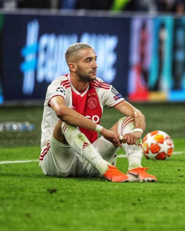 """Tiền vệ Hakim Ziyech: """"Ajax bị loại bởi lỗi của tôi"""" - 2"""
