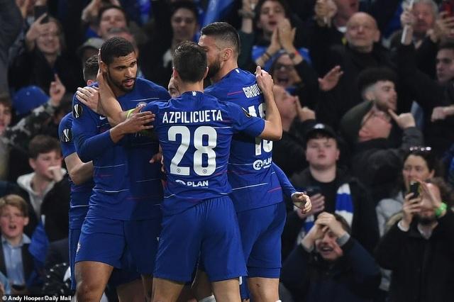 """""""Đấu súng"""" nghẹt thở, Chelsea vào chung kết Europa League - 4"""