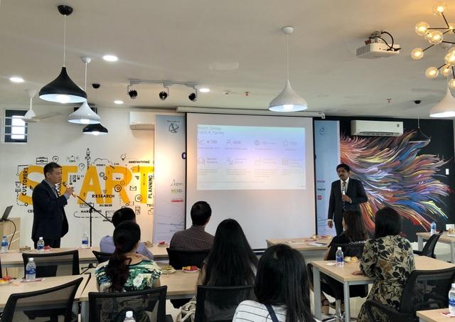 Tạo sân chơi cho sinh viên và doanh nghiệp chia sẻ về AI, IoT - 2