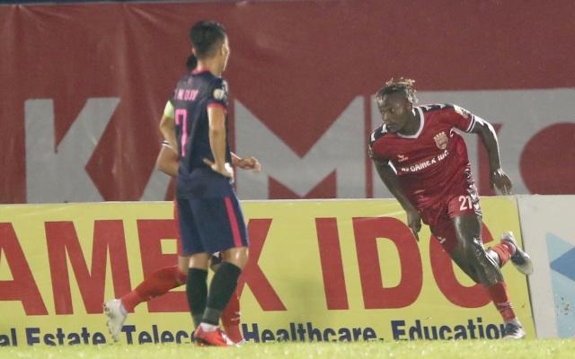 B.Bình Dương nhọc nhằn vượt qua Sài Gòn FC trên sân nhà - 5