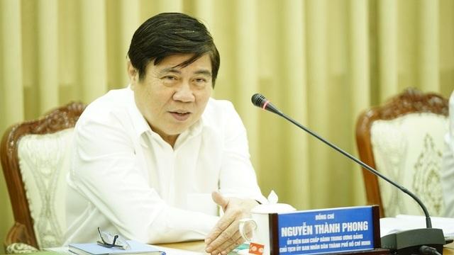 Chủ tịch TPHCM bức xúc vì các dự án lớn đều nằm trên giấy! - 1