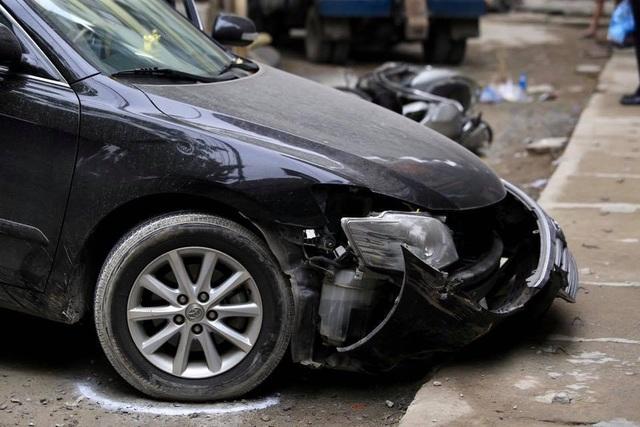 Hà Nội: Nữ tài xế Camry lùi xe làm chết người là Đại tá công an - 1