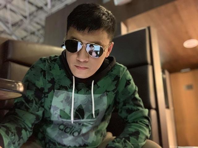 Ca sĩ Lam Trường phải ngủ ở sân bay vì mất giấy tờ - 3