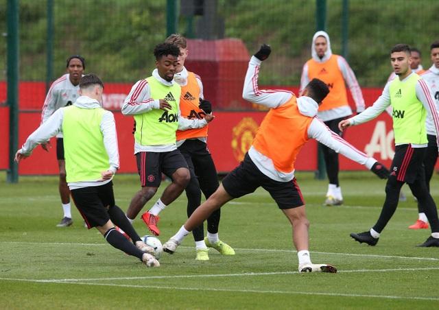 Man Utd sử dụng hàng loạt cầu thủ trẻ trước trận cuối mùa giải - 6