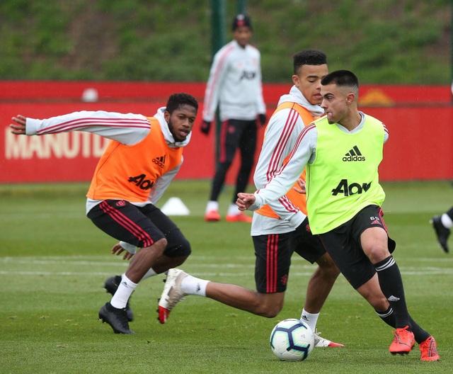 Man Utd sử dụng hàng loạt cầu thủ trẻ trước trận cuối mùa giải - 7