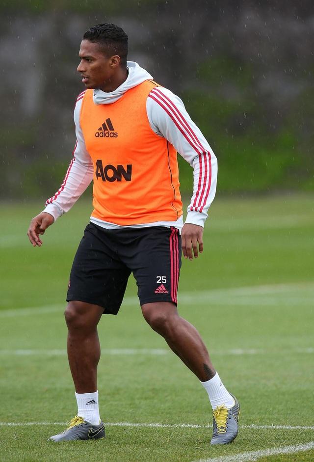 Man Utd sử dụng hàng loạt cầu thủ trẻ trước trận cuối mùa giải - 13