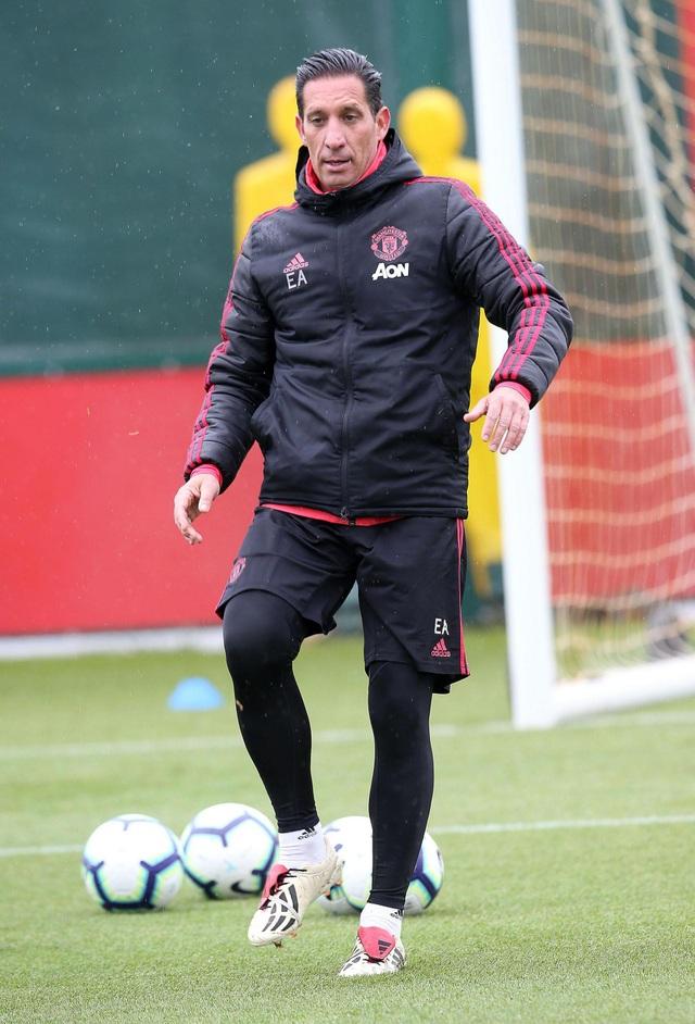 Man Utd sử dụng hàng loạt cầu thủ trẻ trước trận cuối mùa giải - 16