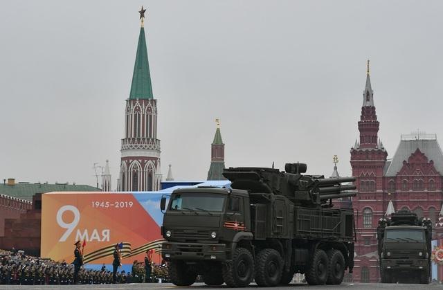 Cận cảnh dàn khí tài Nga phô diễn sức mạnh trong lễ duyệt binh - 8