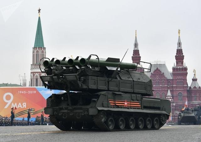 Cận cảnh dàn khí tài Nga phô diễn sức mạnh trong lễ duyệt binh - 10
