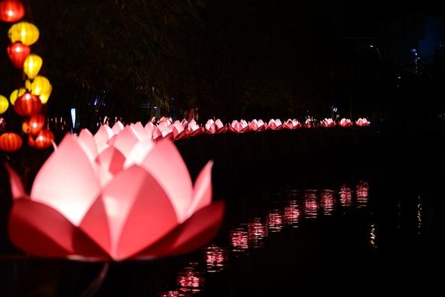lễ Phật đản.jpg