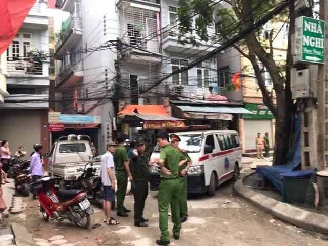 Hà Nội: Nghi vấn nữ tài xế nhầm chân ga lùi xe tông chết một phụ nữ - 2