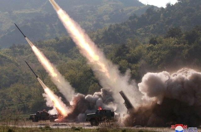 Triều Tiên tuyên bố vừa tập trận tấn công tầm xa - 1
