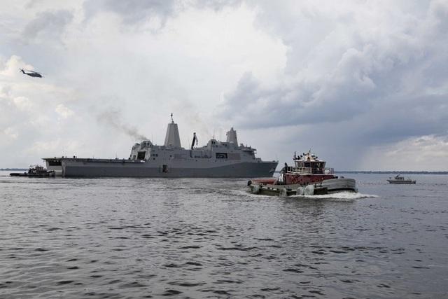 """Dàn khí tài uy lực Mỹ đưa tới Trung Đông """"nắn gân"""" Iran - 7"""