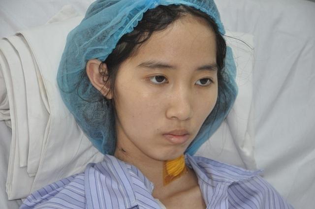 Xót xa nữ sinh lớp 12 bất ngờ đổ bệnh hiểm, tính mạng đang nguy kịch - 3