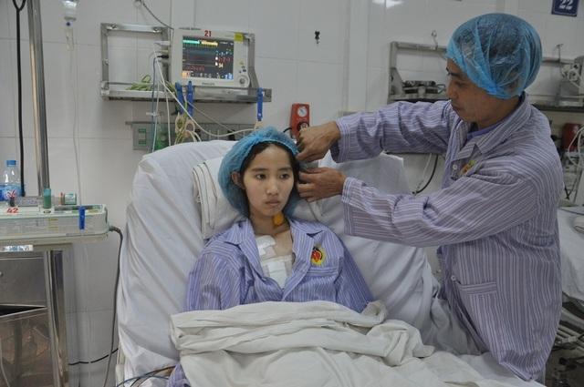 Xót xa nữ sinh lớp 12 bất ngờ đổ bệnh hiểm, tính mạng đang nguy kịch - 7