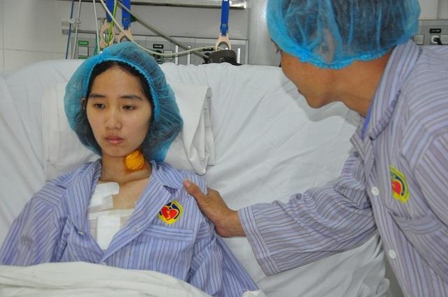 Xót xa nữ sinh lớp 12 bất ngờ đổ bệnh hiểm, tính mạng đang nguy kịch - 6