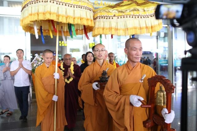 Hơn 1.200 đại biểu quốc tế đến Việt Nam dự Vesak trong ngày 11/5 - 2