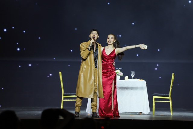 """Trấn Thành và Hari Won dự sự kiện vẫn tình tứ và... """"lầy lội"""" - 10"""