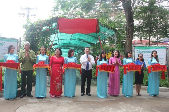 Trường ĐH đầu tiên ở TPHCM thực hiện chương trình Đại học Xanh - 1