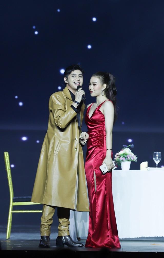 """Trấn Thành và Hari Won dự sự kiện vẫn tình tứ và... """"lầy lội"""" - 9"""