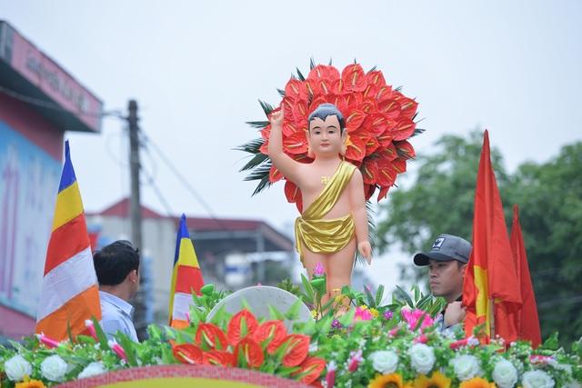 Hà Nam: 400 xe hoa tham gia rước Phật chào mừng Đại lễ Vesak 2019 - 7