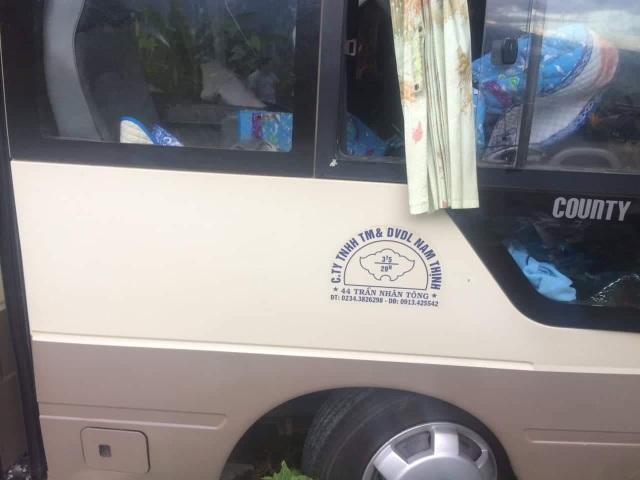 Xe chở đoàn khách du lịch Singapore gặp nạn khi đổ đèo Bạch Mã - 2